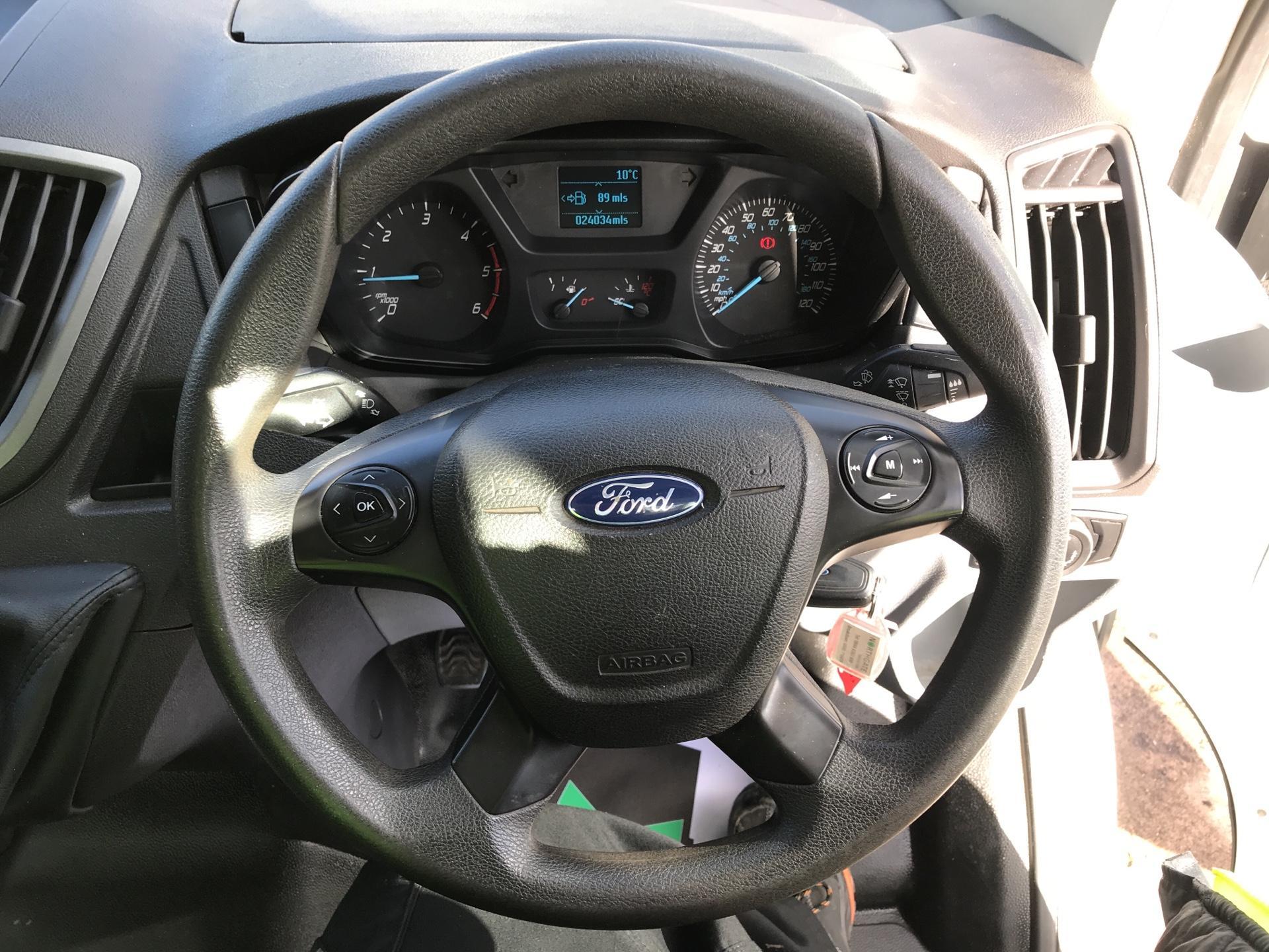 2016 Ford Transit 350 L2 SINGLE CAB TIPPER 125PS EURO 5 (FG16LKL) Image 12
