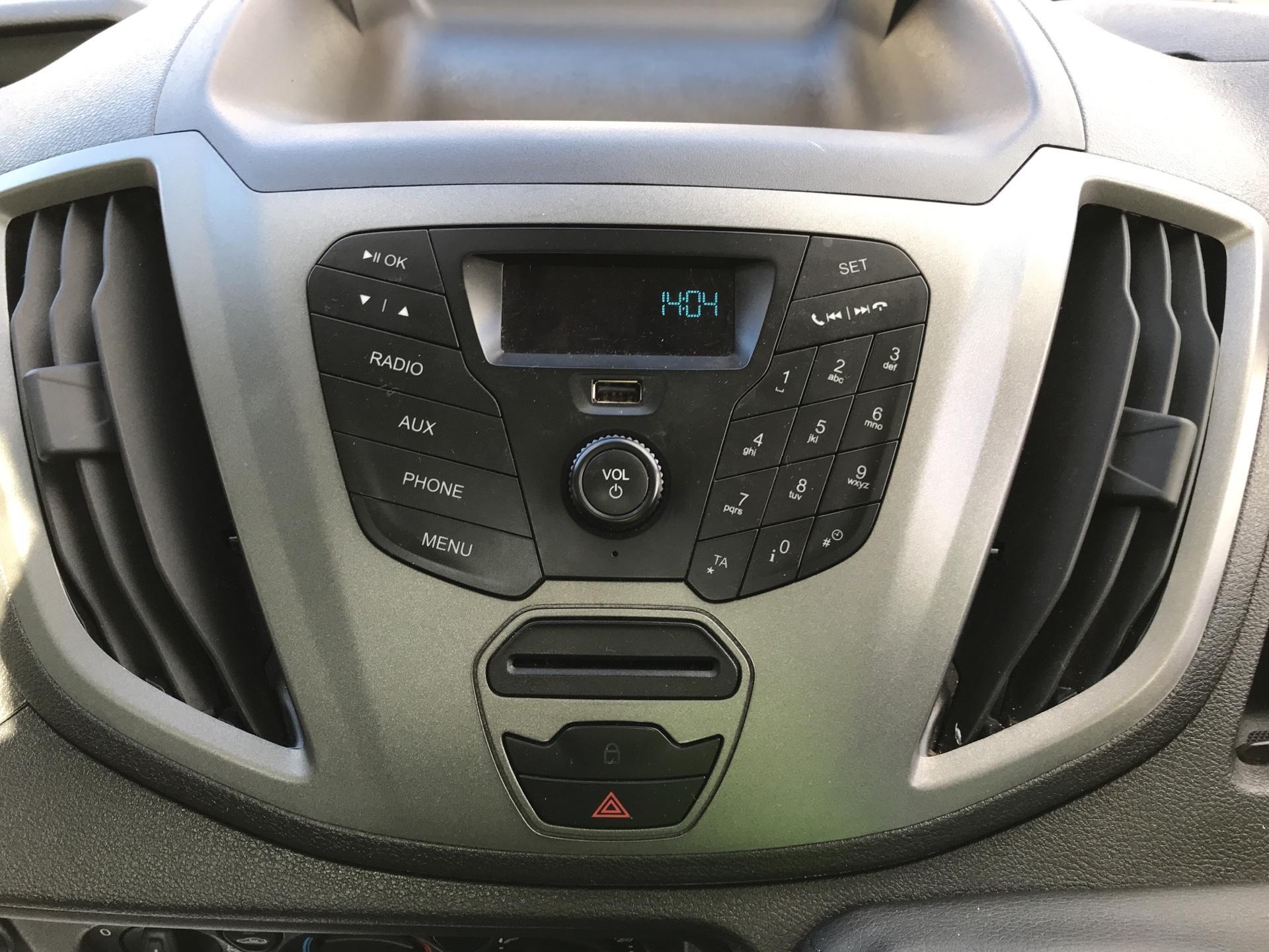 2016 Ford Transit 350 L2 SINGLE CAB TIPPER 125PS EURO 5 (FG16LKL) Image 10