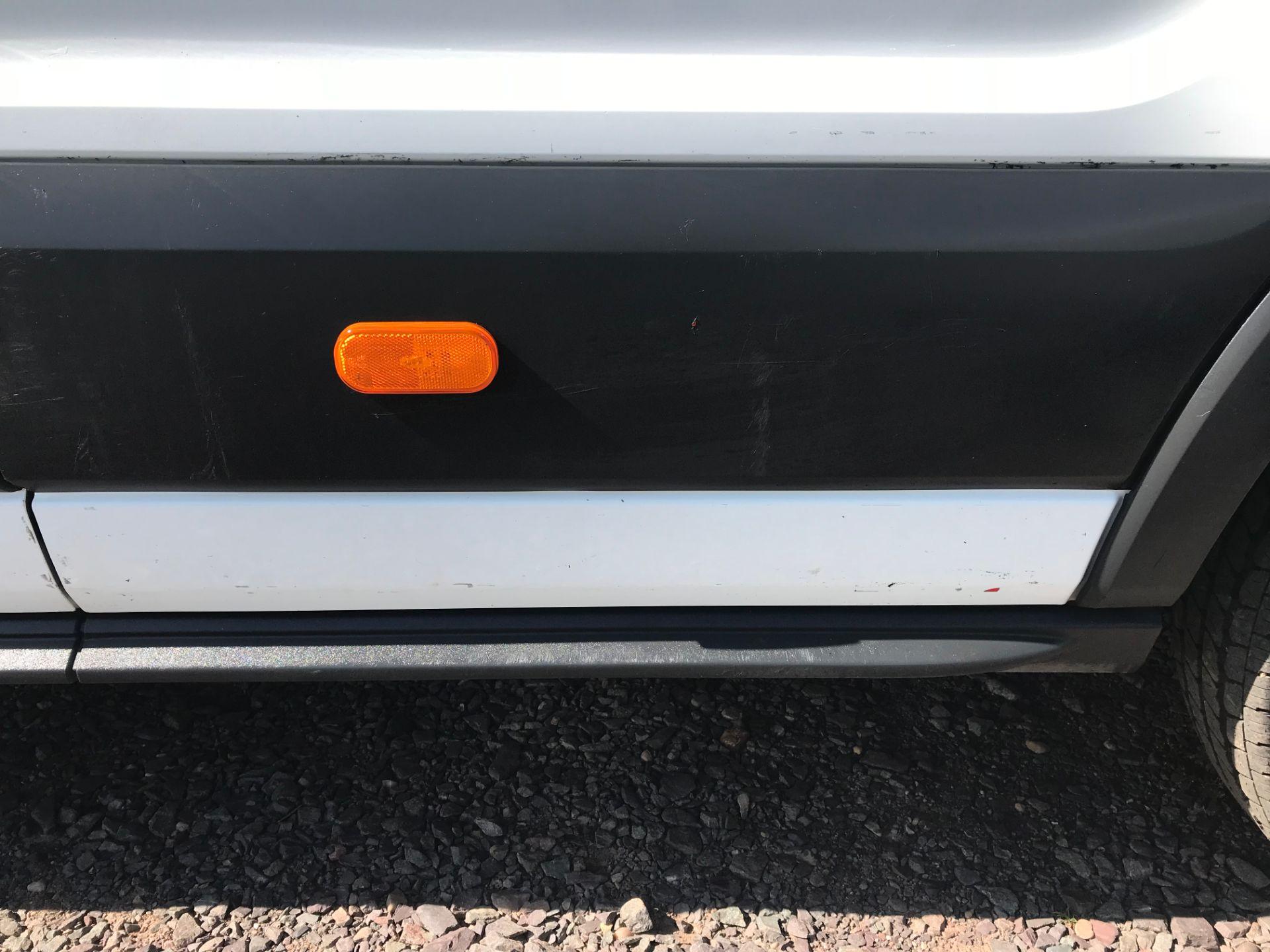 2016 Ford Transit 350 L3 TDCI 125PS D/CAB EURO 5 (FG16LNE) Image 31