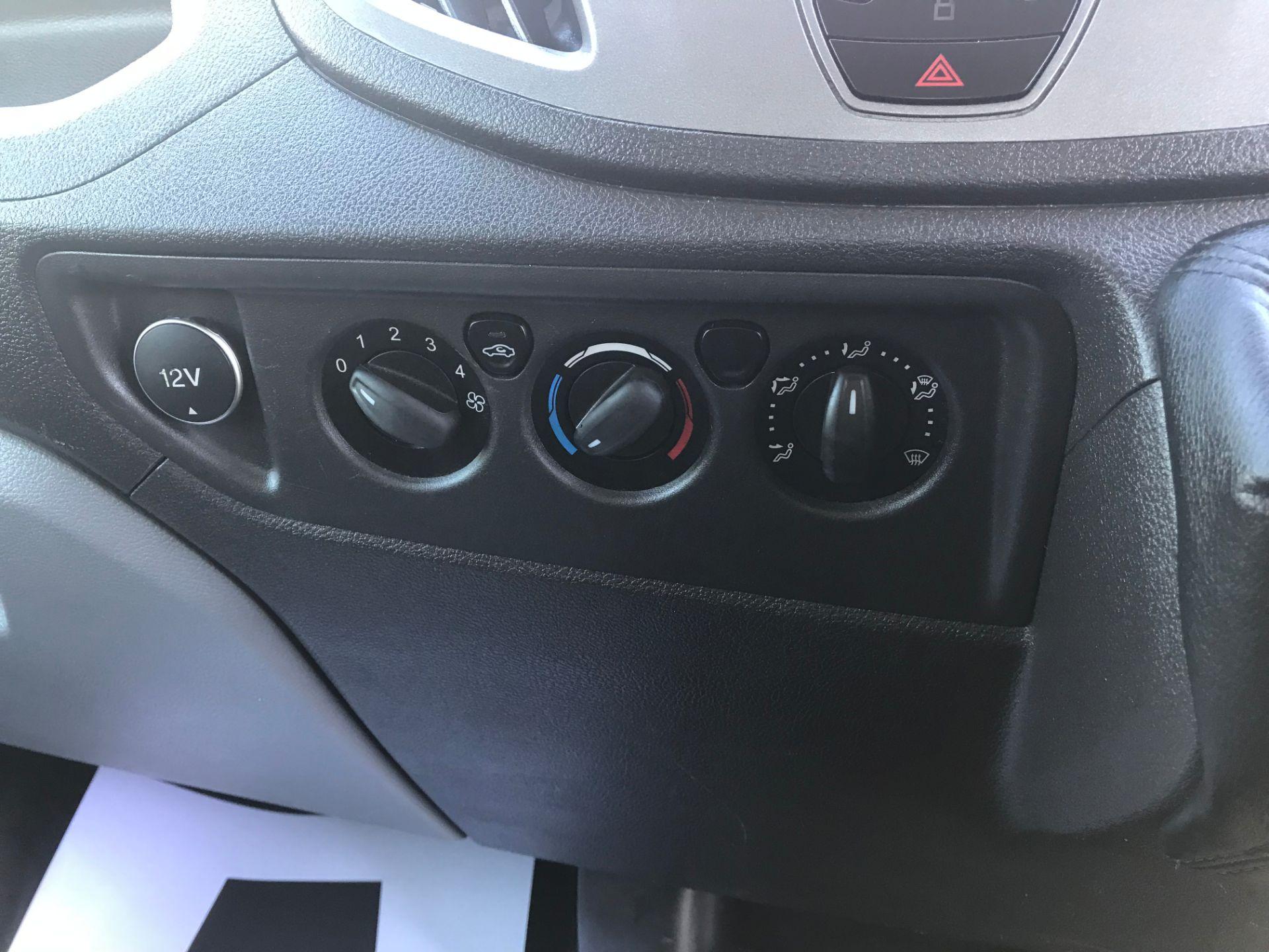 2016 Ford Transit 350 L3 TDCI 125PS D/CAB EURO 5 (FG16LNE) Image 14