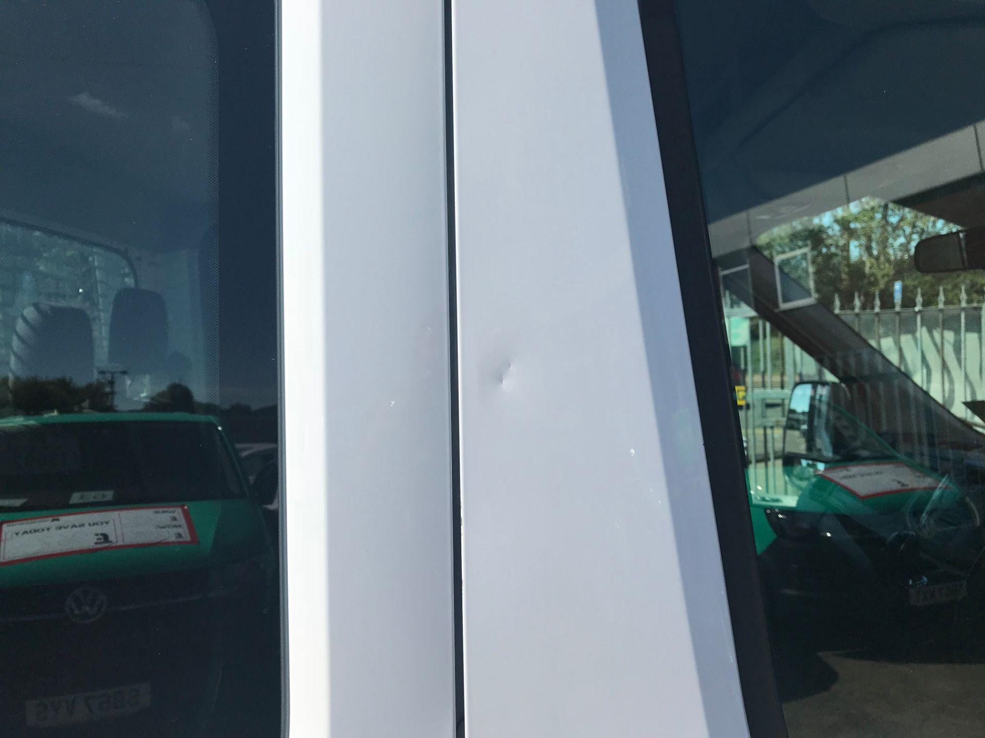 2016 Ford Transit 350 L3 TDCI 125PS D/CAB EURO 5 (FG16LNE) Image 32