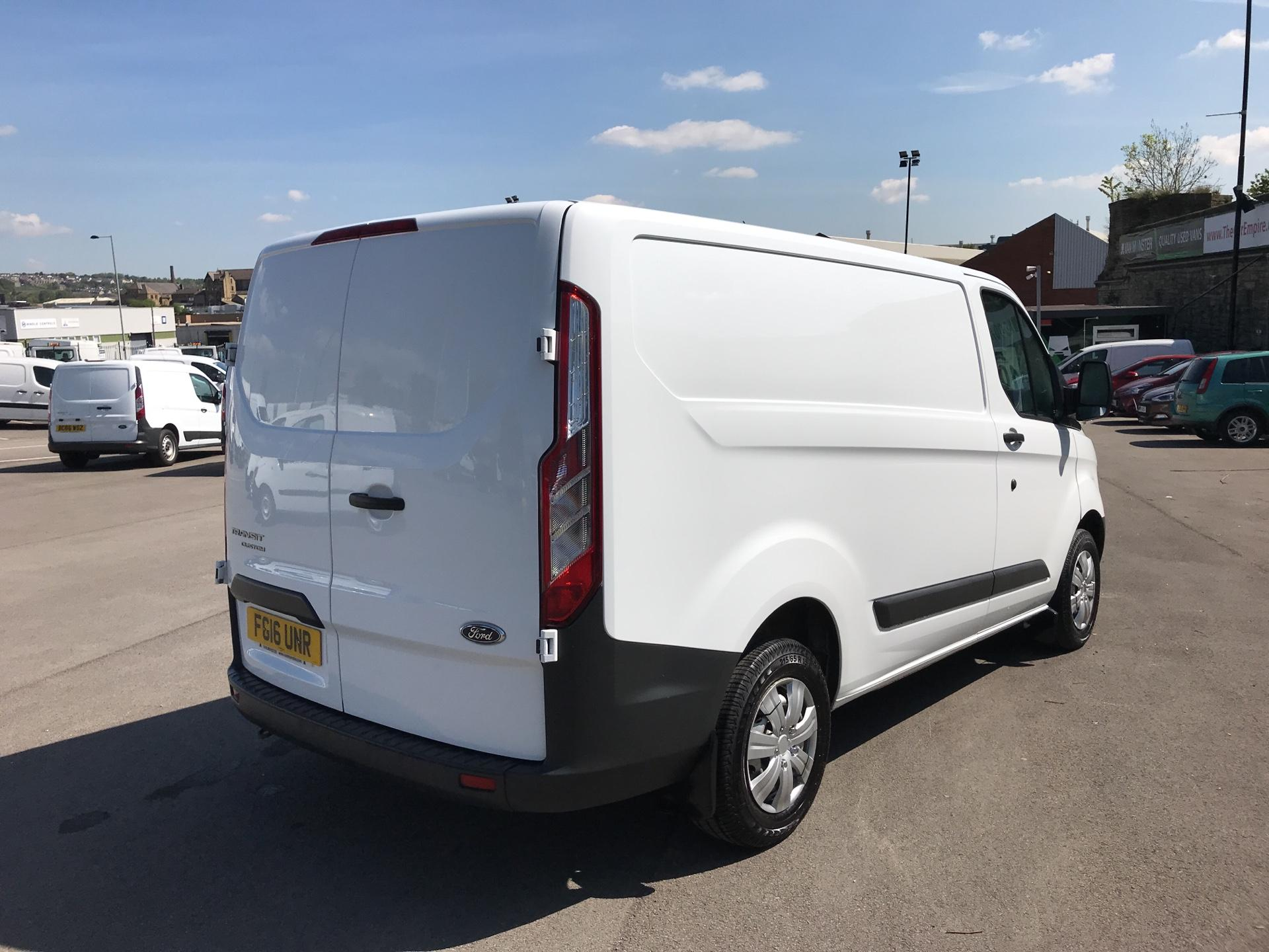2016 Ford Transit Custom 2.2 Tdci 100Ps Low Roof Van (FG16UNR) Image 3