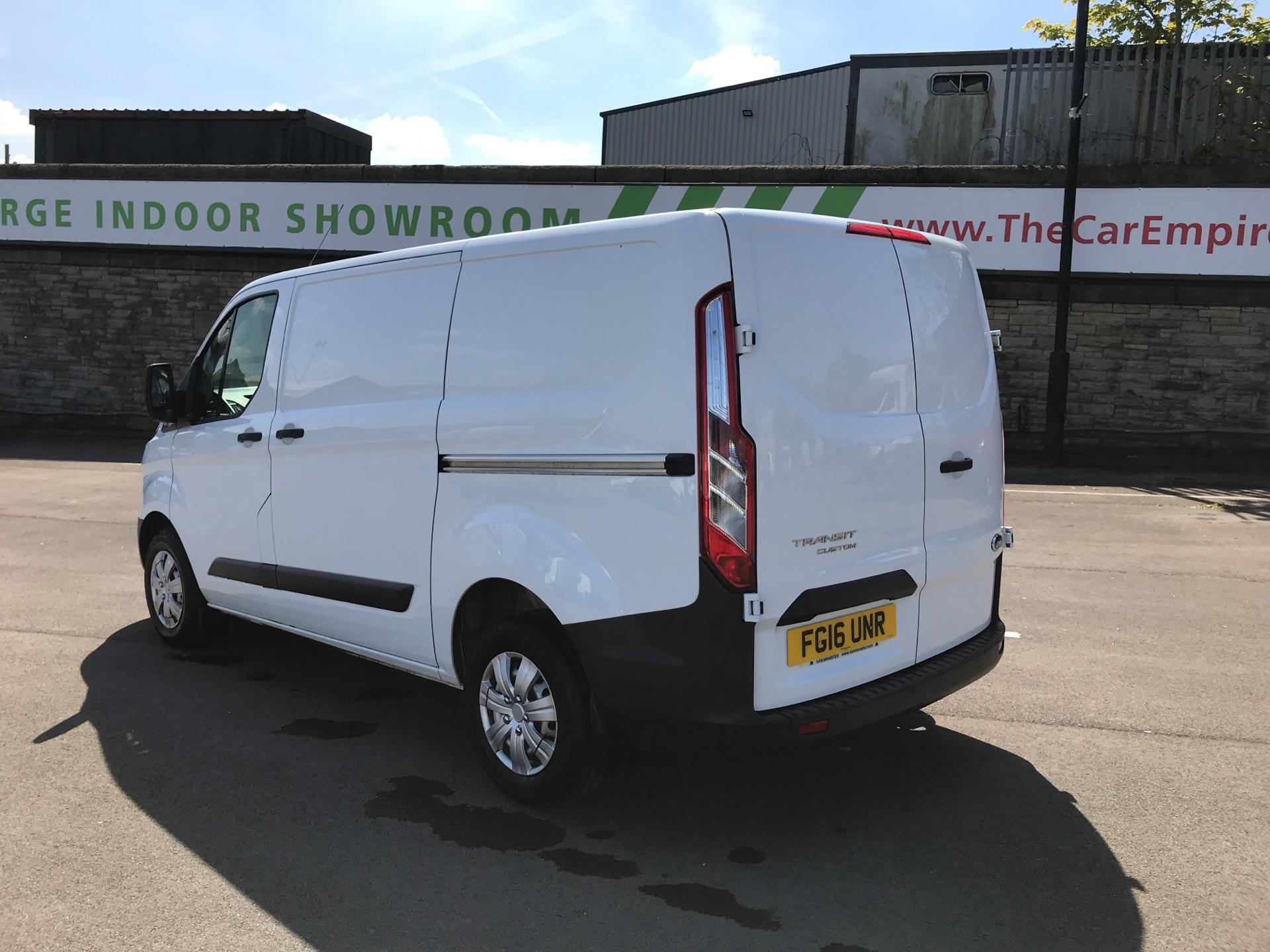 2016 Ford Transit Custom 2.2 Tdci 100Ps Low Roof Van (FG16UNR) Image 5