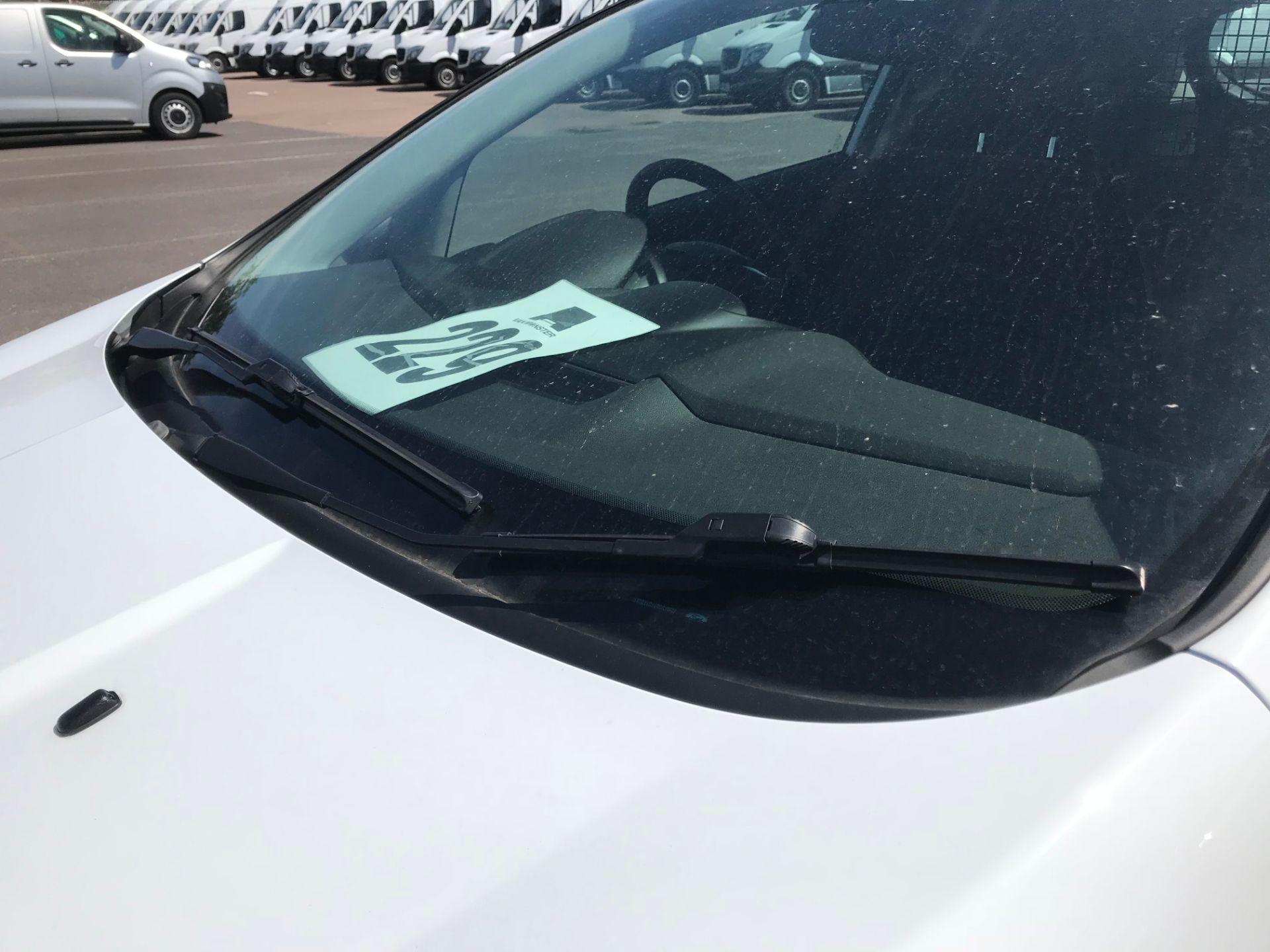 2016 Ford Fiesta DIESEL 1.5 TDCI EURO 5 (FG16UPL) Image 12