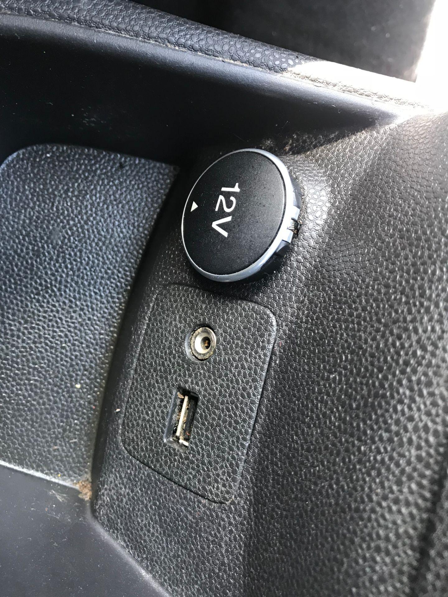 2016 Ford Fiesta DIESEL 1.5 TDCI EURO 5 (FG16UPL) Image 21