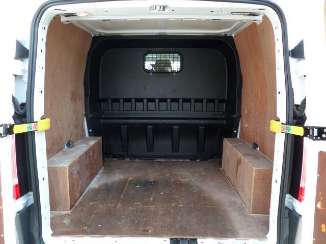 2016 Ford Transit Custom 2.2 Tdci 100Ps Low Roof D/Cab Van (FG16URE) Image 15