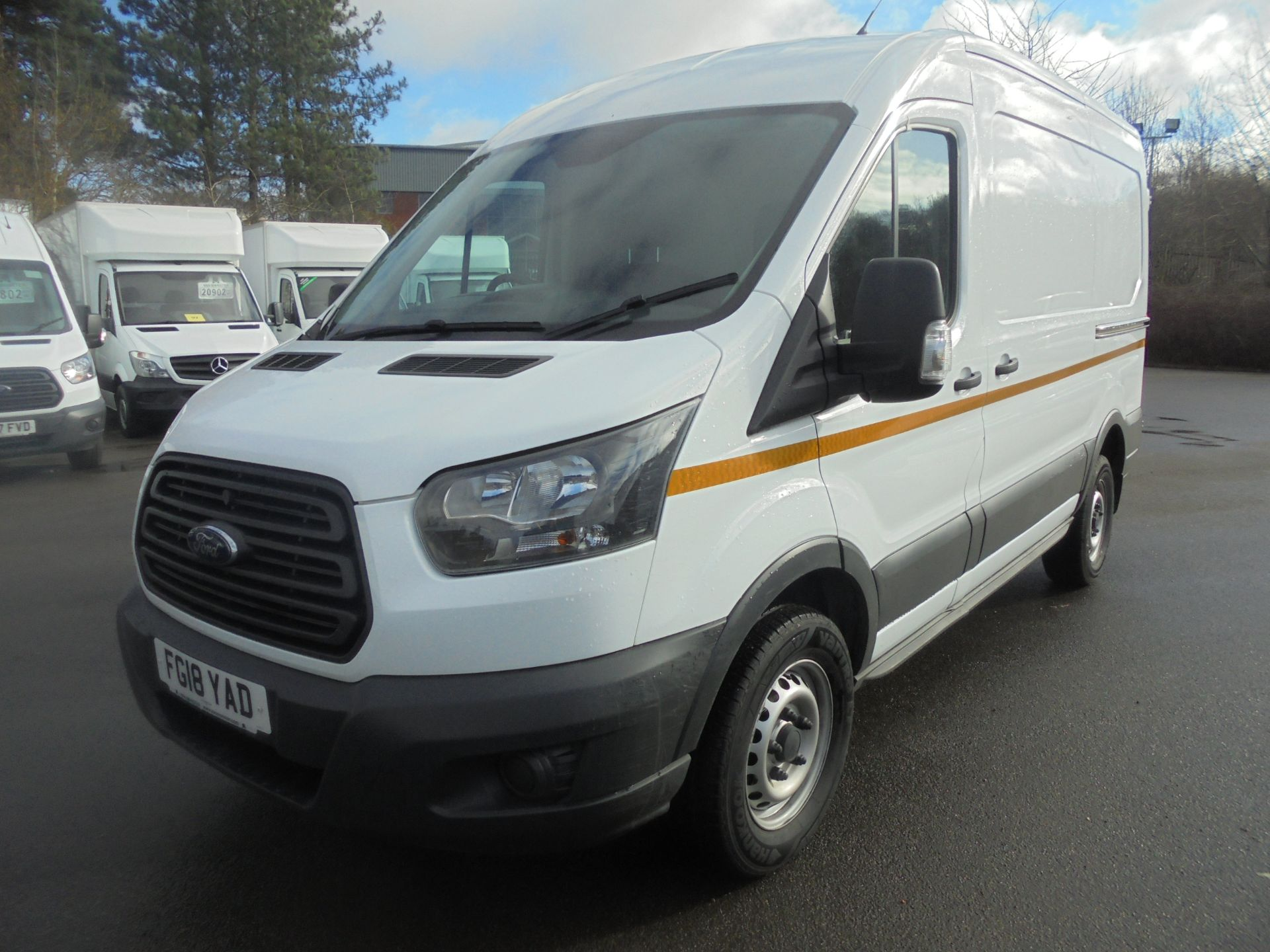 2018 Ford Transit 2.0 Tdci 130Ps H2 Van (FG18YAD) Image 3
