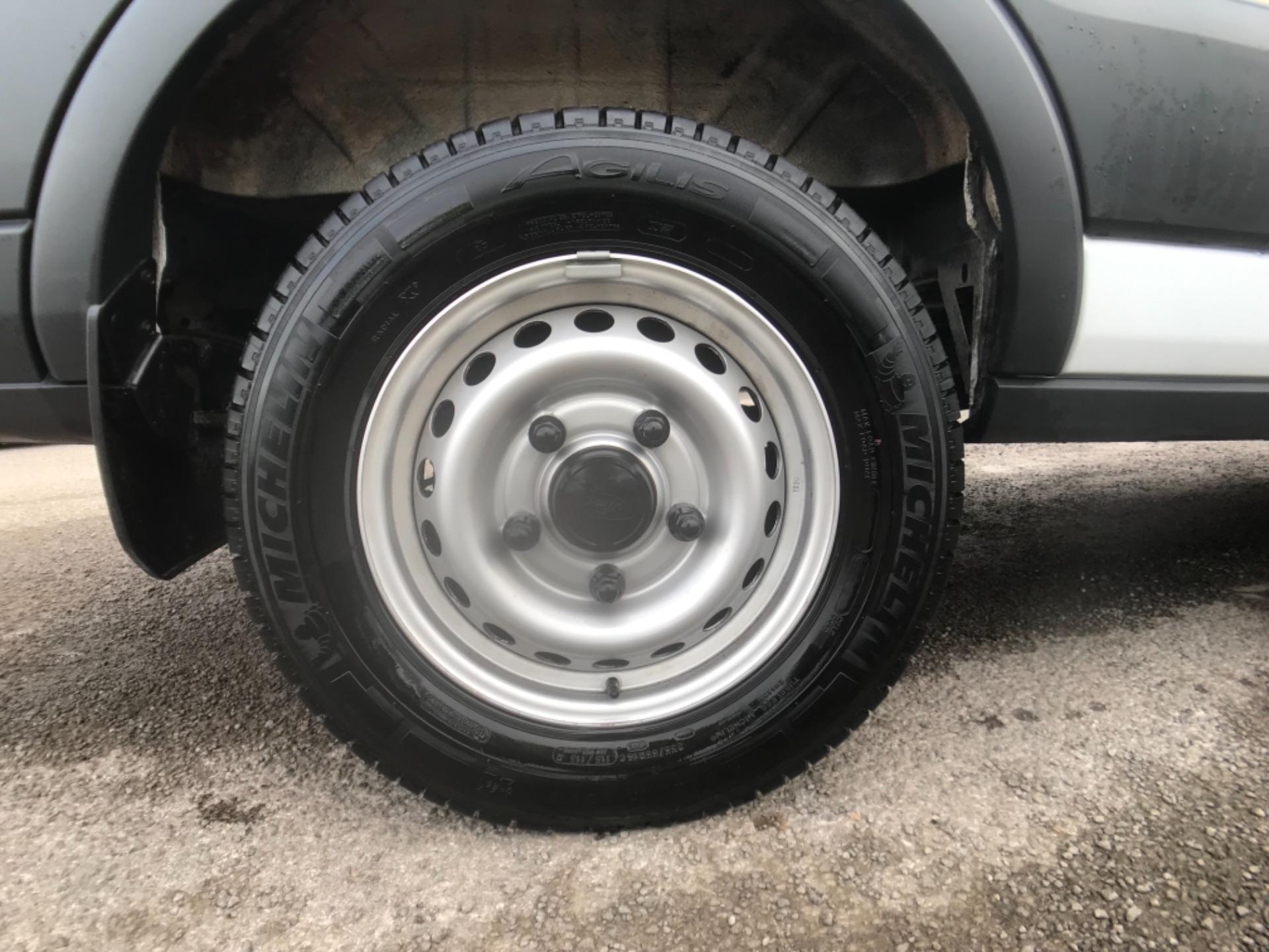 2018 Ford Transit L3 H3 VAN 130PS EURO 6 (FG18YFB) Image 25
