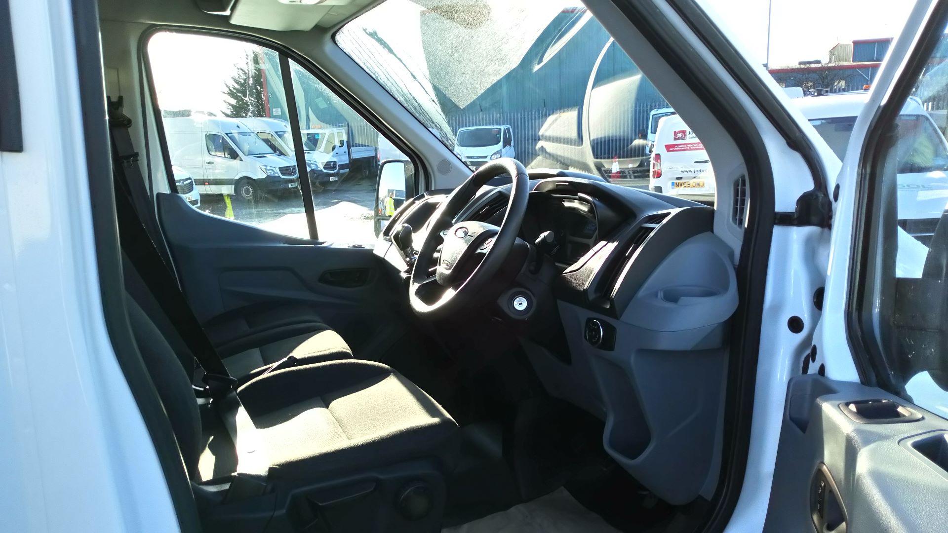 2018 Ford Transit 2.0 Tdci 130Ps H3 Van (FG18YFE) Image 13