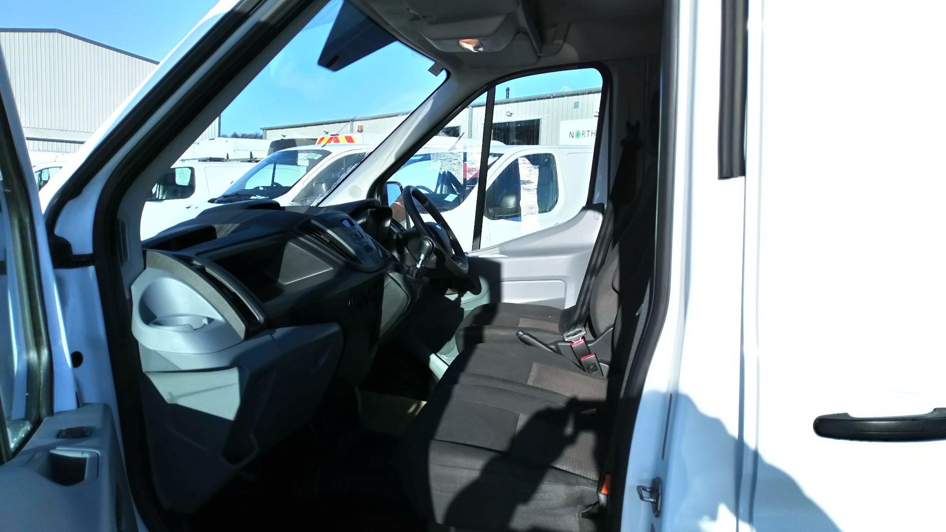 2018 Ford Transit 2.0 Tdci 130Ps H3 Van (FG18YFE) Image 12