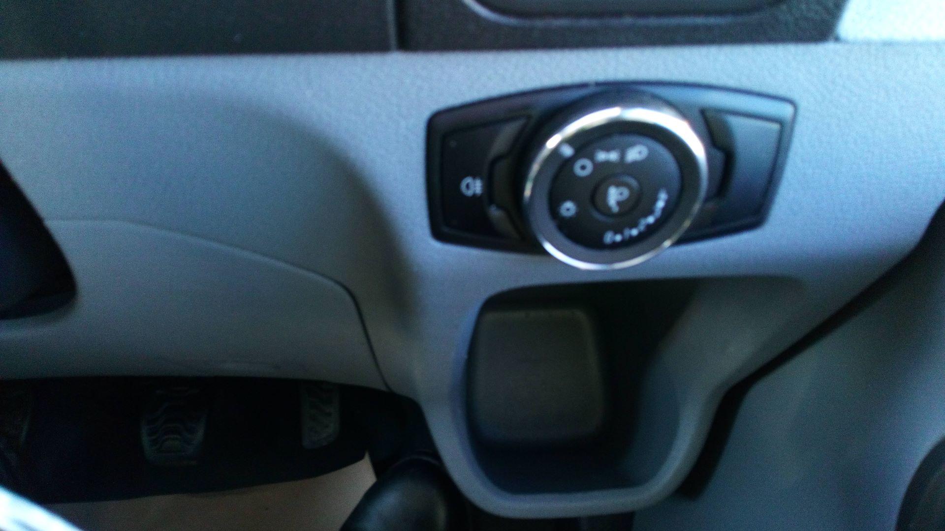2018 Ford Transit 2.0 Tdci 130Ps H3 Van (FG18YFE) Image 21
