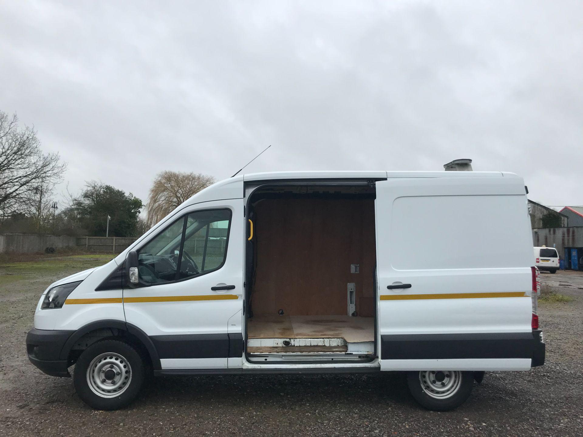 2018 Ford Transit 350  L2 H2 VAN 130PS EURO 6 (FG18YMZ) Image 9