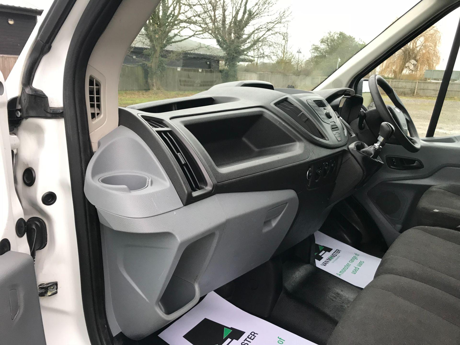 2018 Ford Transit 350  L2 H2 VAN 130PS EURO 6 (FG18YMZ) Image 28