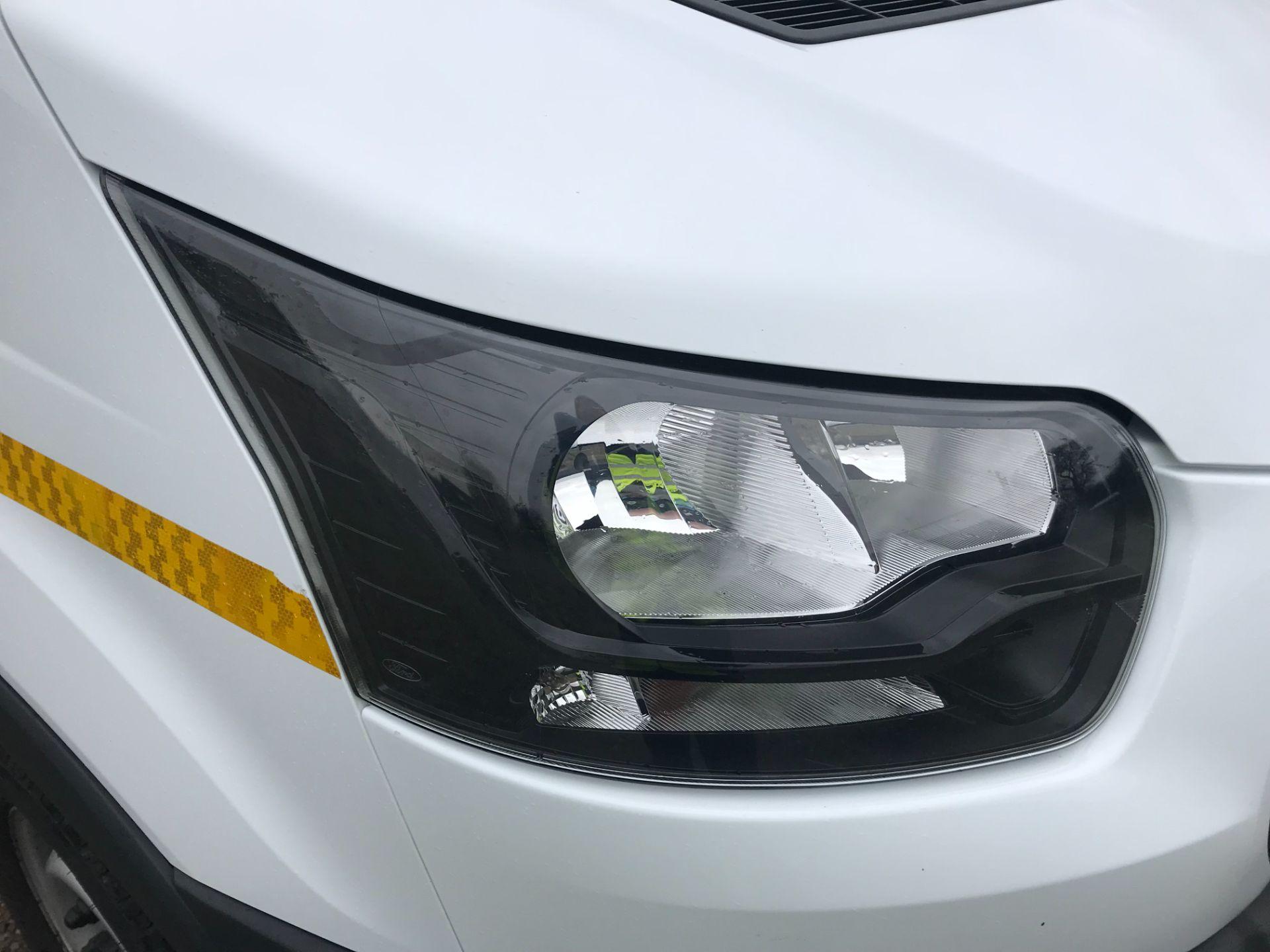 2018 Ford Transit 350  L2 H2 VAN 130PS EURO 6 (FG18YMZ) Image 43