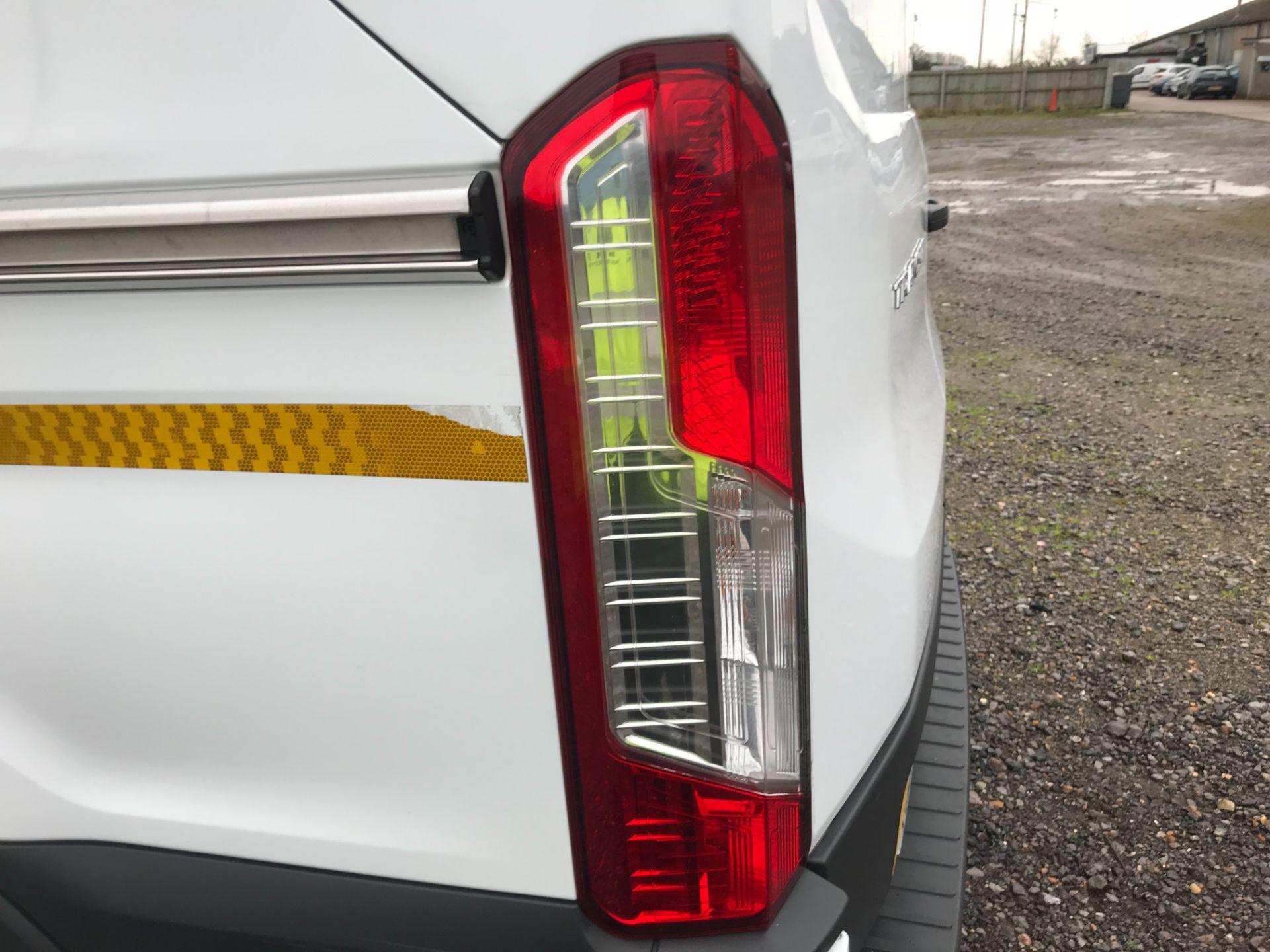 2018 Ford Transit 350  L2 H2 VAN 130PS EURO 6 (FG18YMZ) Image 48