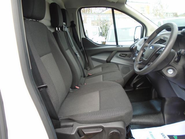 2016 Ford Transit Custom 2.2 Tdci 100Ps Low Roof Van (FG66RMY) Image 12