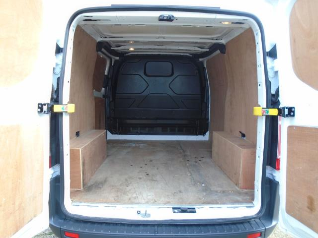 2016 Ford Transit Custom 2.2 Tdci 100Ps Low Roof Van (FG66RMY) Image 9