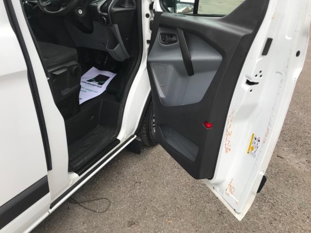 2016 Ford Transit Custom 2.2 Tdci 100Ps Low Roof Van Euro 5 (FG66RWZ) Image 13