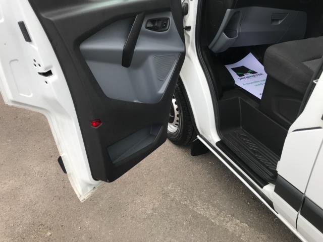 2016 Ford Transit Custom 2.2 Tdci 100Ps Low Roof Van Euro 5 (FG66RWZ) Image 27