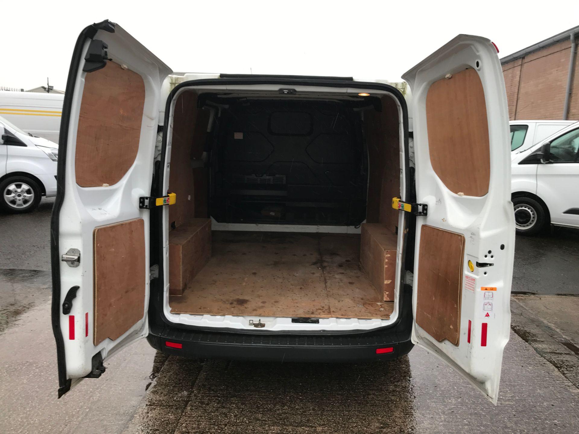 2016 Ford Transit Custom 290 L1 2.0TDCI 100PS LOW ROOF EURO 6 (FG66RZX) Image 17