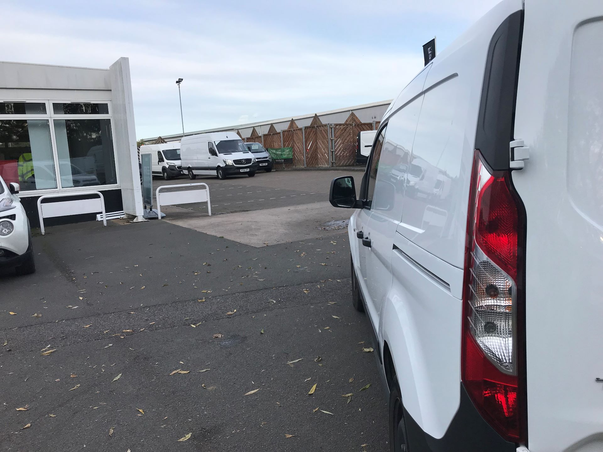 2016 Ford Transit Connect  220 L1 Diesel 1.5 TDCi 75PS Van EURO 6 (FG66SBU) Image 13