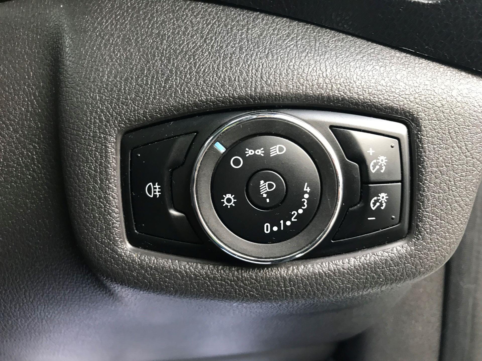2016 Ford Transit Connect  220 L1 Diesel 1.5 TDCi 75PS Van EURO 6 (FG66SBU) Image 27