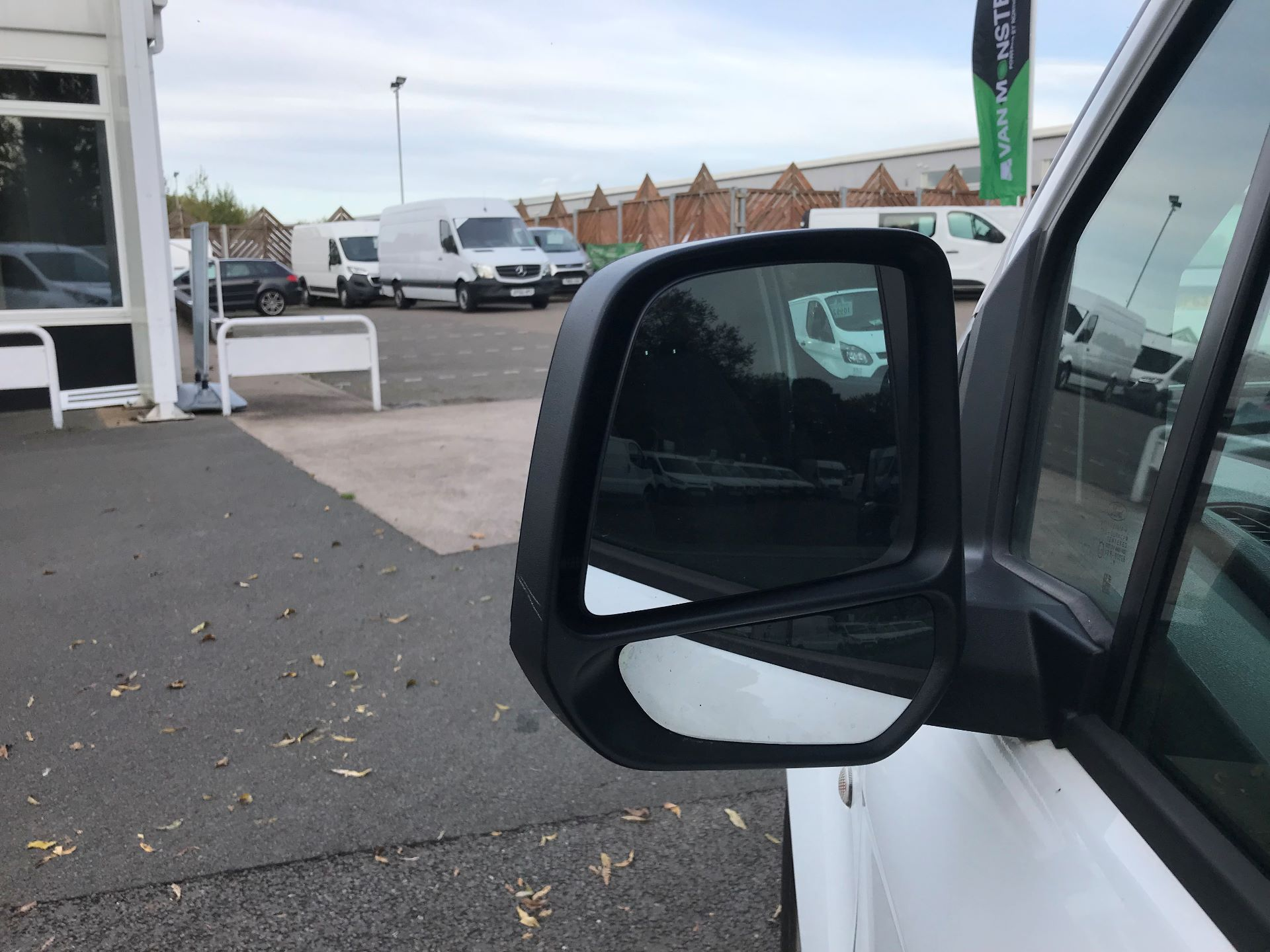 2016 Ford Transit Connect  220 L1 Diesel 1.5 TDCi 75PS Van EURO 6 (FG66SBU) Image 11