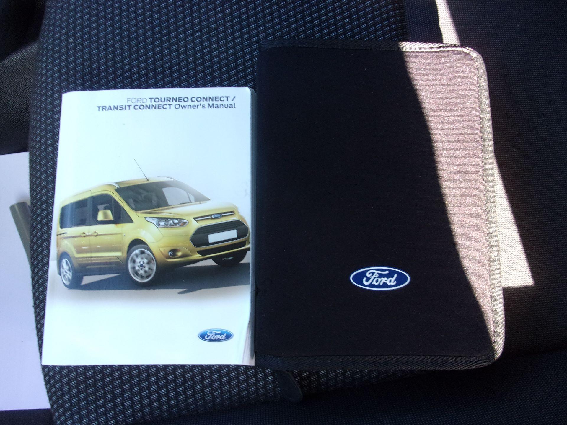 2016 Ford Transit Connect 220 L1 DIESEL 1.5 TDCI 75PS VAN (FG66SUO) Image 21
