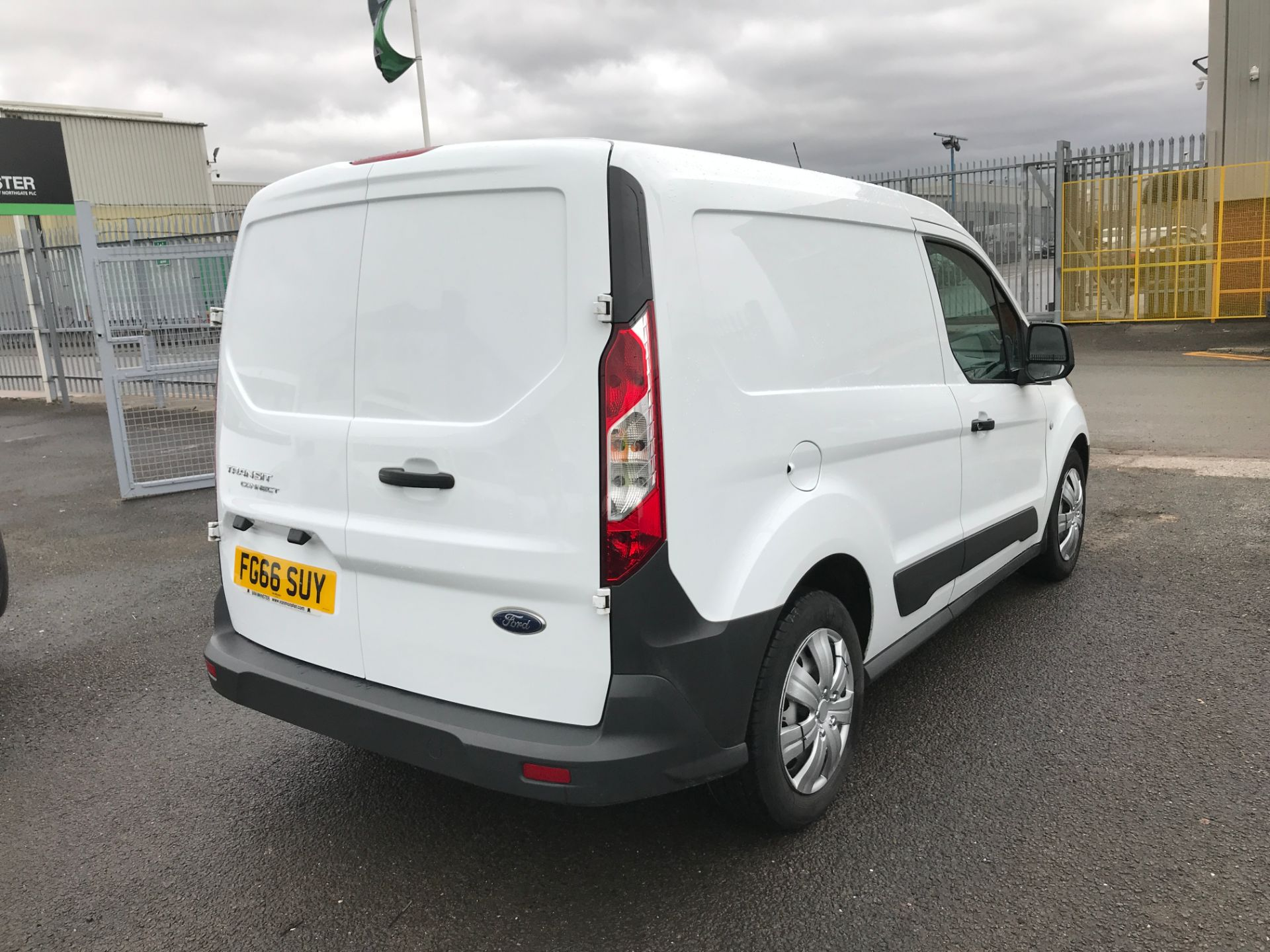 2016 Ford Transit Connect T220 L1 H1 1.5TDCI 75PS EURO 6 (FG66SUY) Image 8
