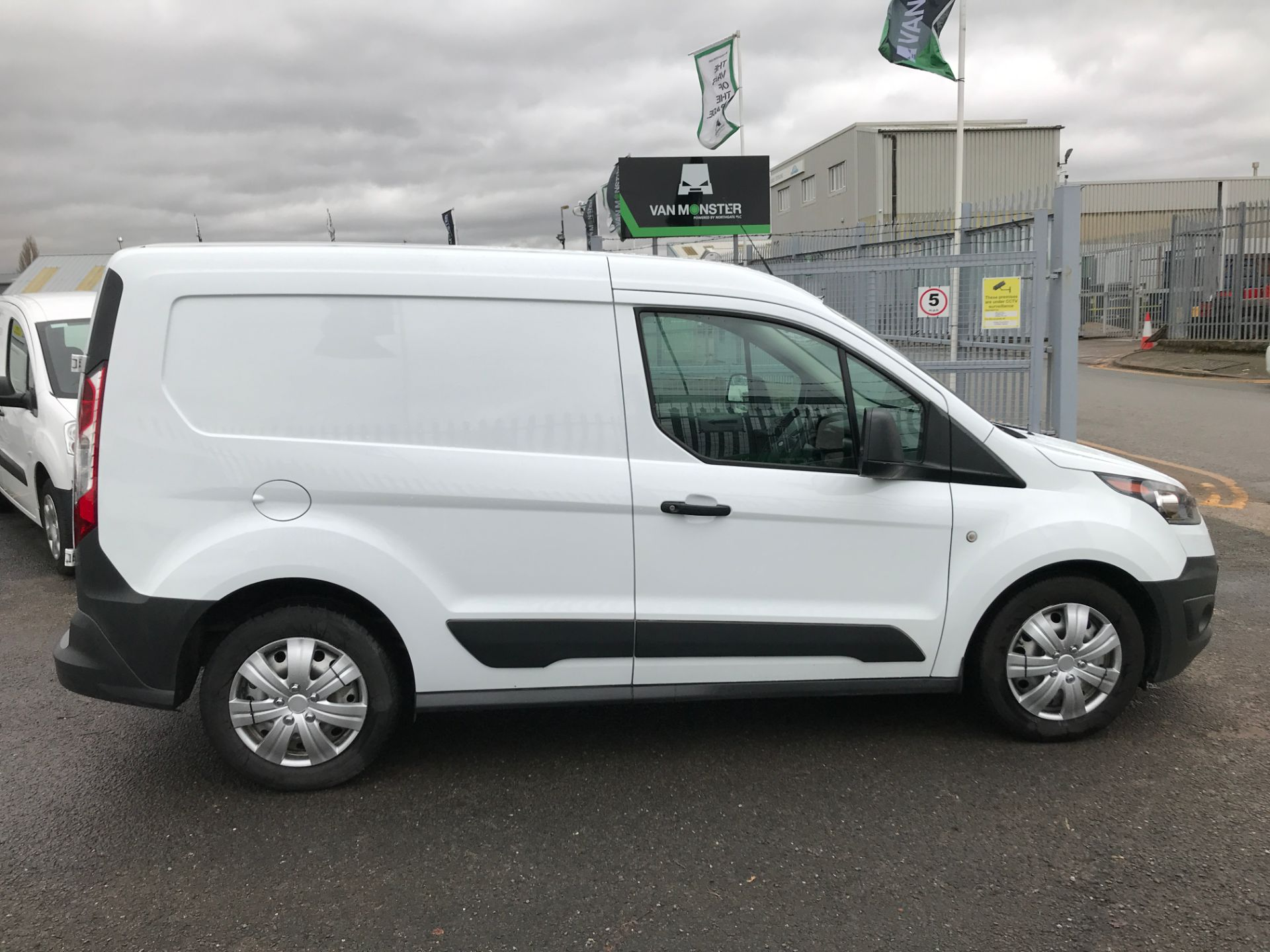 2016 Ford Transit Connect T220 L1 H1 1.5TDCI 75PS EURO 6 (FG66SUY) Image 7
