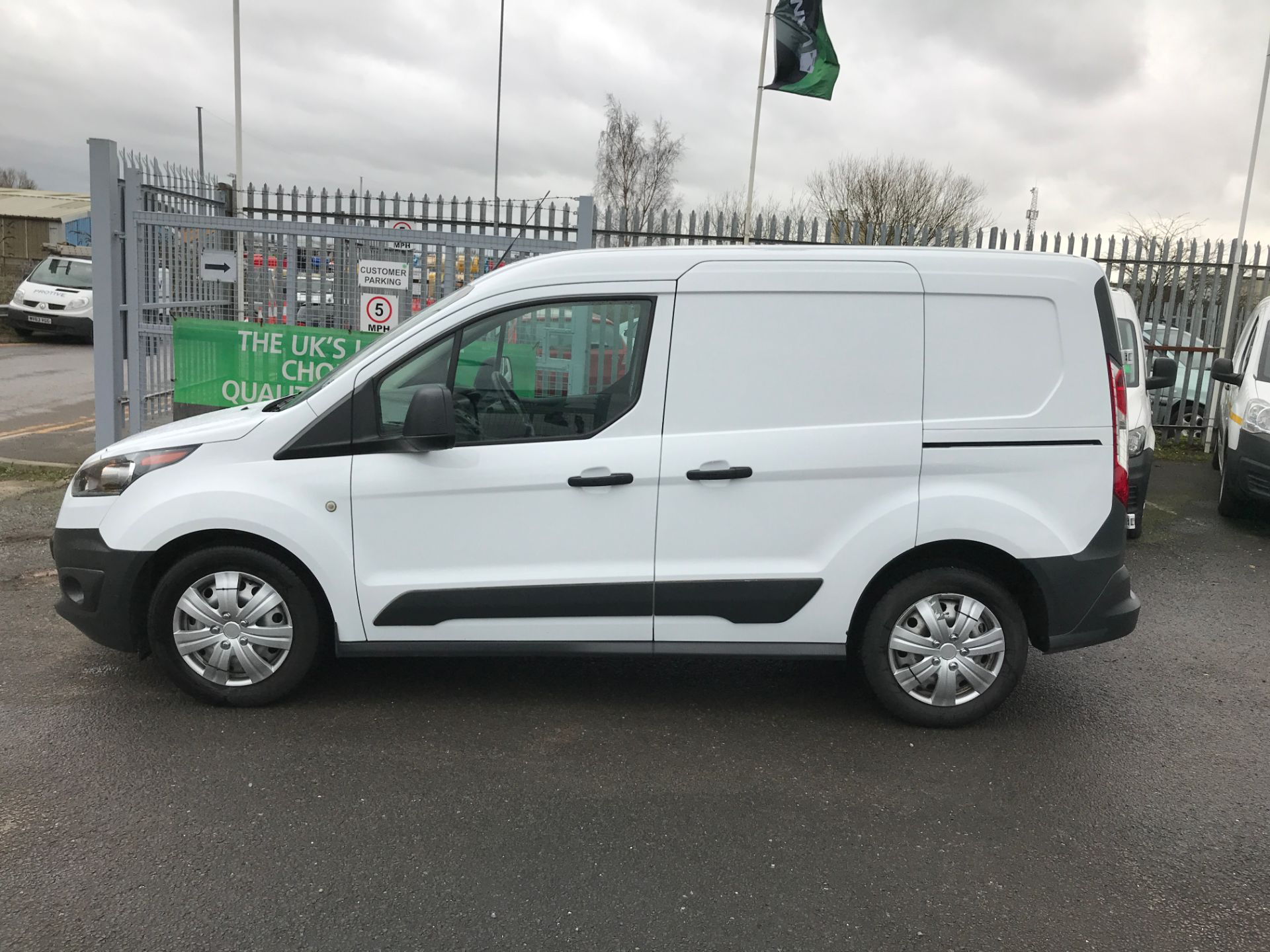 2016 Ford Transit Connect T220 L1 H1 1.5TDCI 75PS EURO 6 (FG66SUY) Image 11