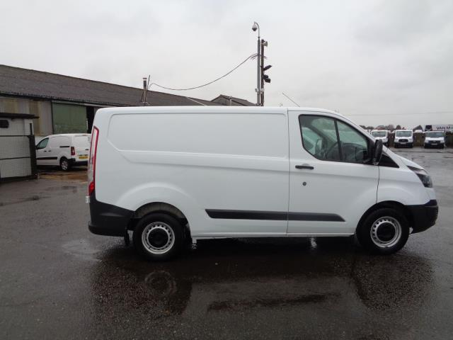 2016 Ford Transit Custom 2.2 Tdci 100Ps Low Roof Van (FG66SXH) Thumbnail 9