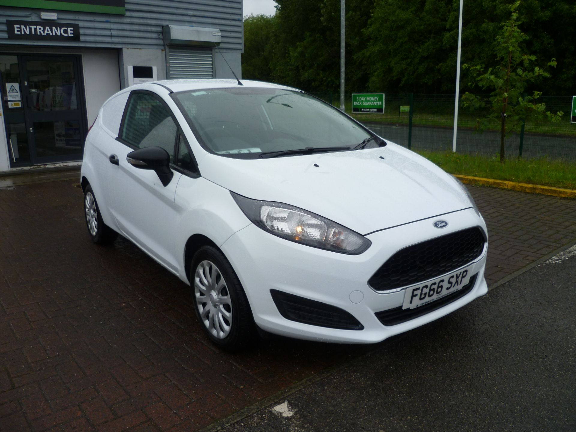 2016 Ford Fiesta 1.5TDCI 75PS EURO 6, AIR CON (FG66SXP)