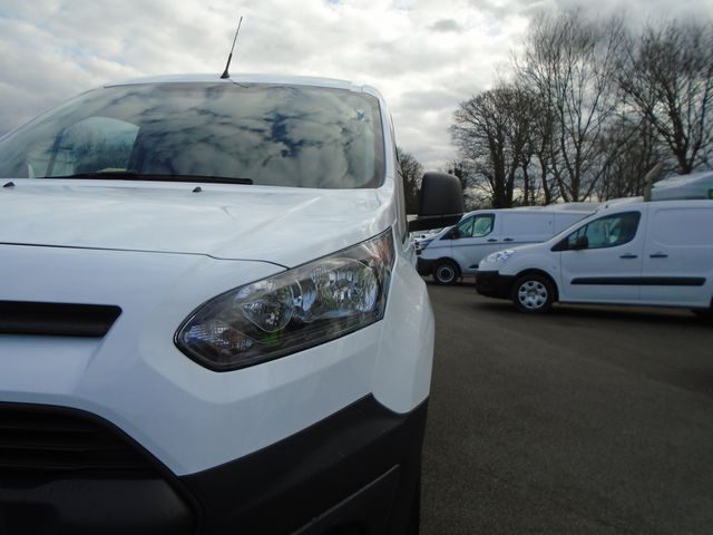 2016 Ford Transit Connect 220 L1 Diesel 1.5 TDCi 75PS Van EURO 6 (FG66SZV) Image 24