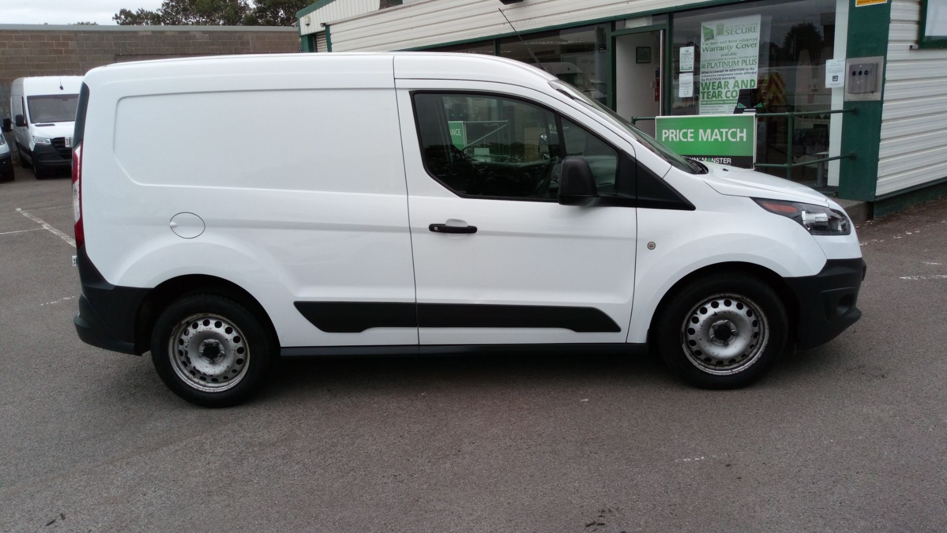 2016 Ford Transit Connect 1.5 Tdci 75Ps Van (FG66TDO) Image 5