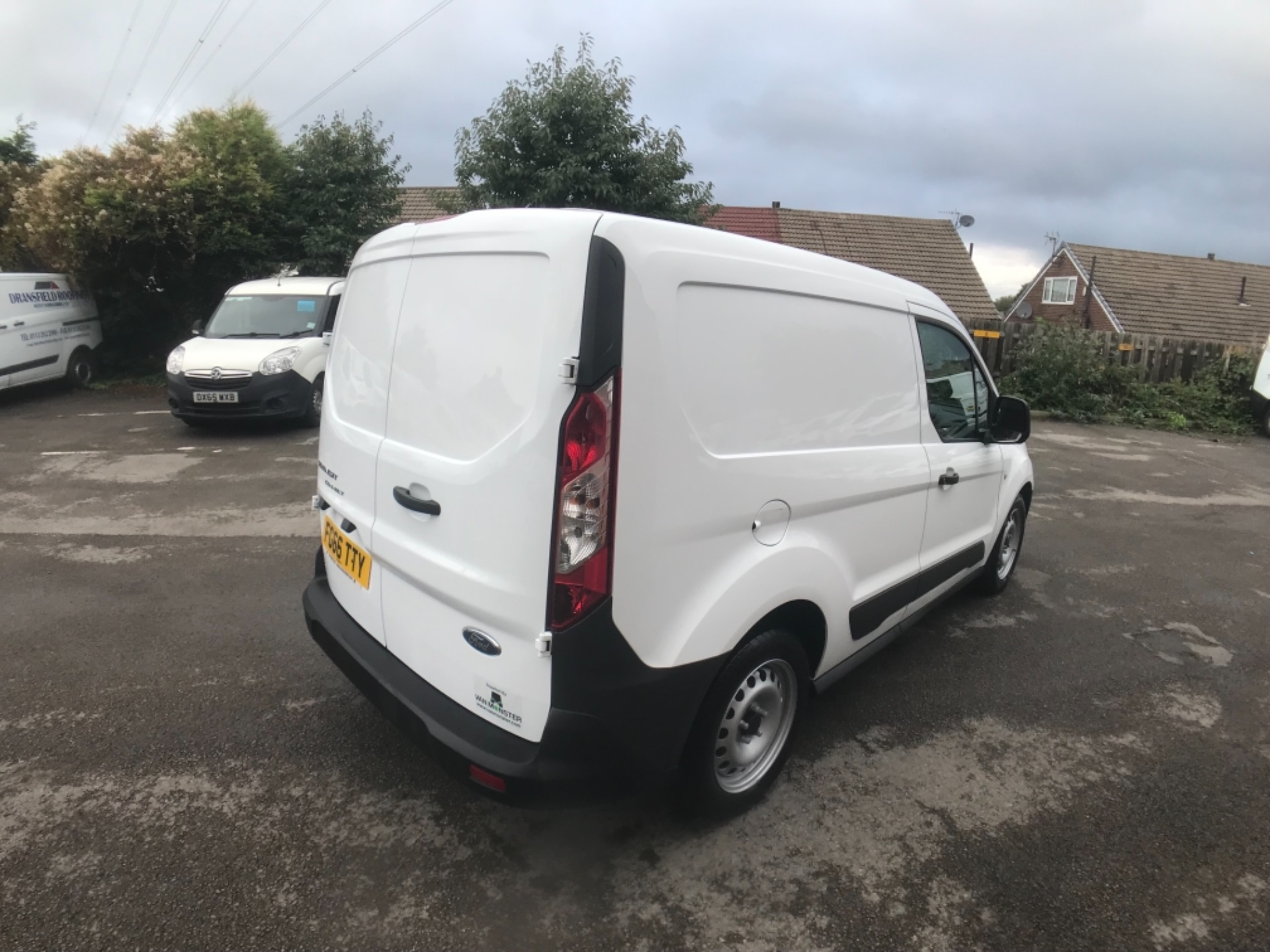 2016 Ford Transit Connect 1.5 Tdci 75Ps Van Euro 6 (FG66TTY) Image 6