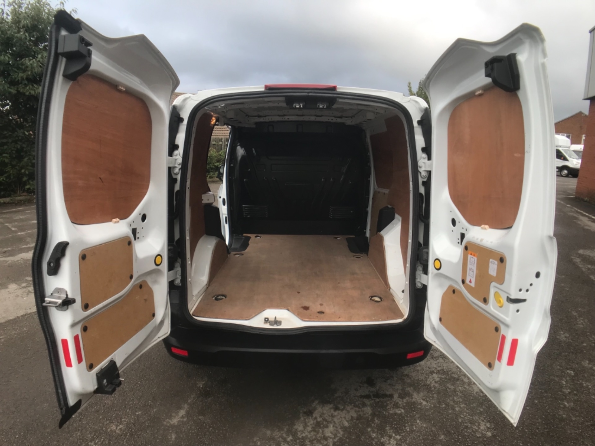 2016 Ford Transit Connect 1.5 Tdci 75Ps Van Euro 6 (FG66TTY) Image 9