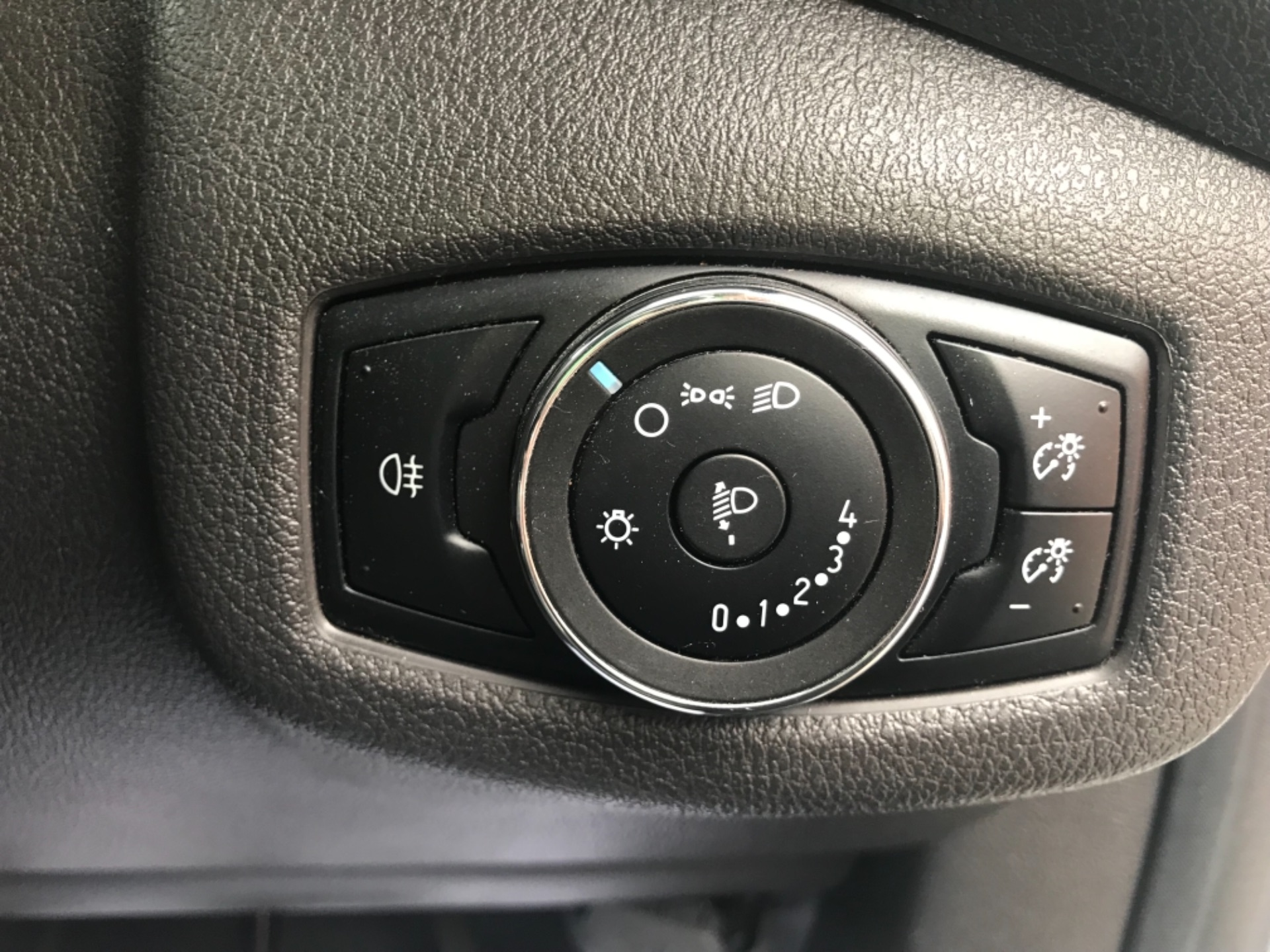 2016 Ford Transit Connect 1.5 Tdci 75Ps Van Euro 6 (FG66TTY) Image 19