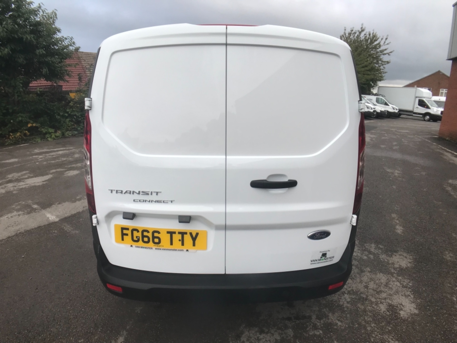 2016 Ford Transit Connect 1.5 Tdci 75Ps Van Euro 6 (FG66TTY) Image 5