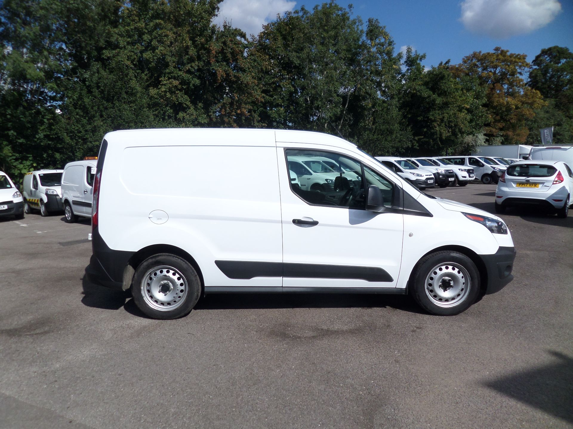 2016 Ford Transit Connect 1.5 Tdci 75Ps Van Euro 6 (FG66TYH) Image 2