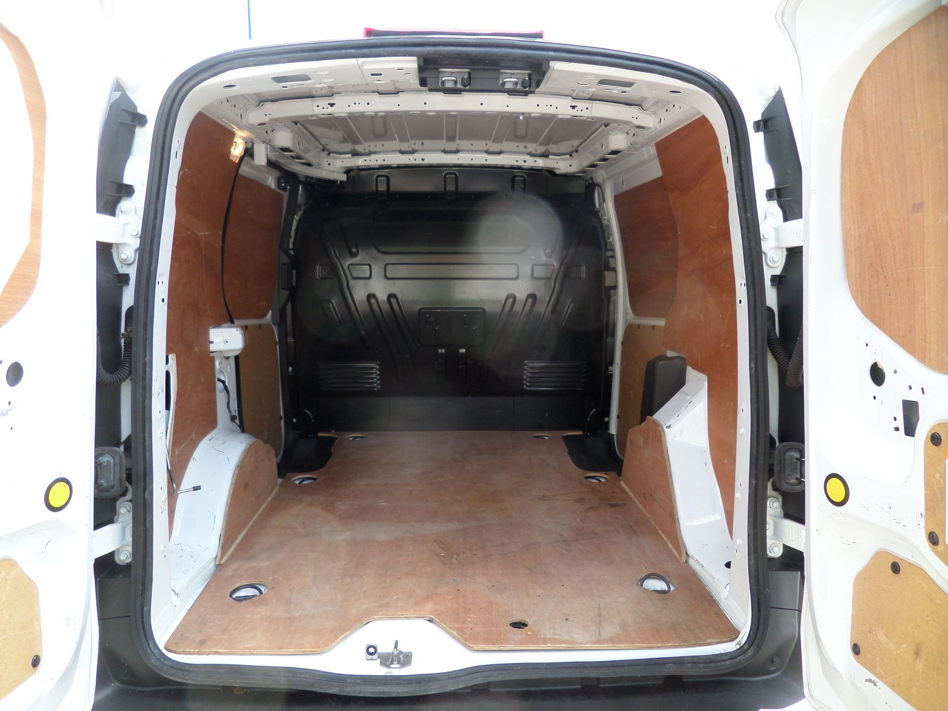 2016 Ford Transit Connect 1.5 Tdci 75Ps Van Euro 6 (FG66TYH) Image 5