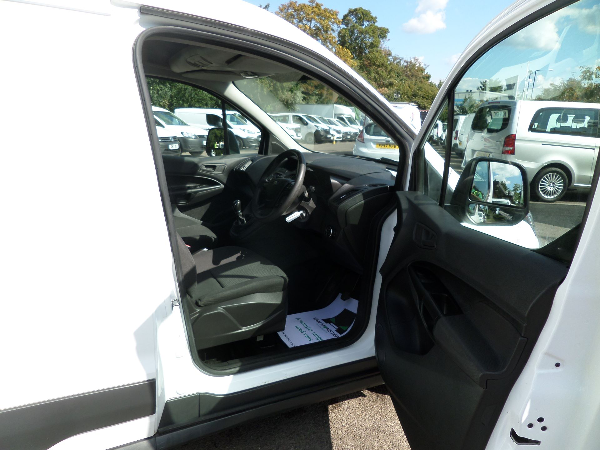 2016 Ford Transit Connect 1.5 Tdci 75Ps Van Euro 6 (FG66TYH) Image 11
