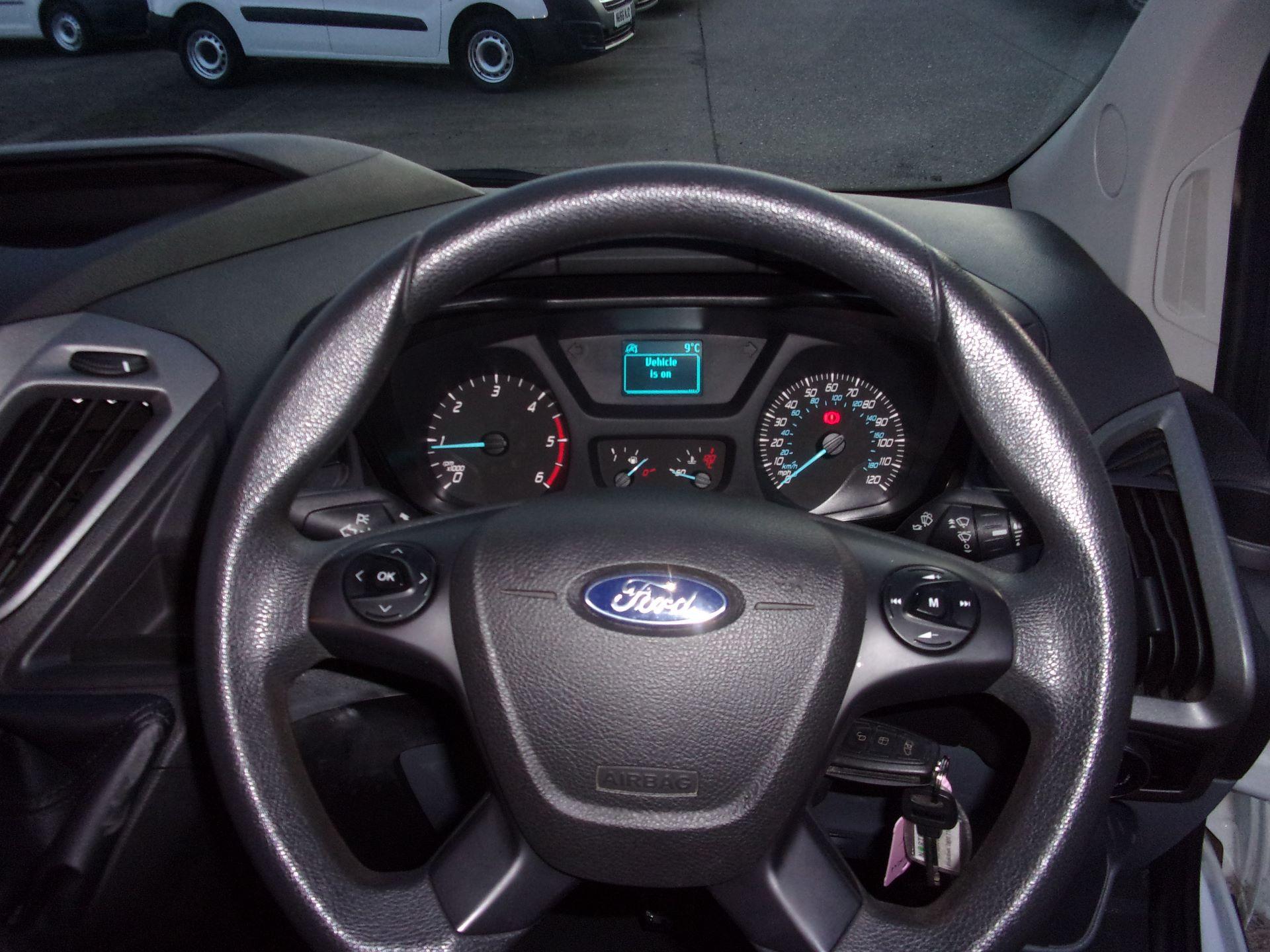 2017 Ford Transit Custom 310 L2 DIESEL FWD 2.0 TDCI 130PS LOW ROOF KOMBI EURO 6 (FG67ERU) Image 8