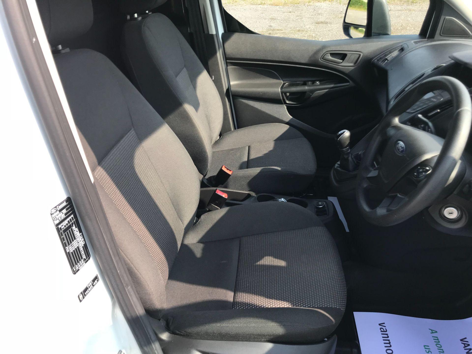 2017 Ford Transit Connect  200 L1 Diesel 1.5 TDCi 75PS Van EURO 6 (FG67EUF) Image 21