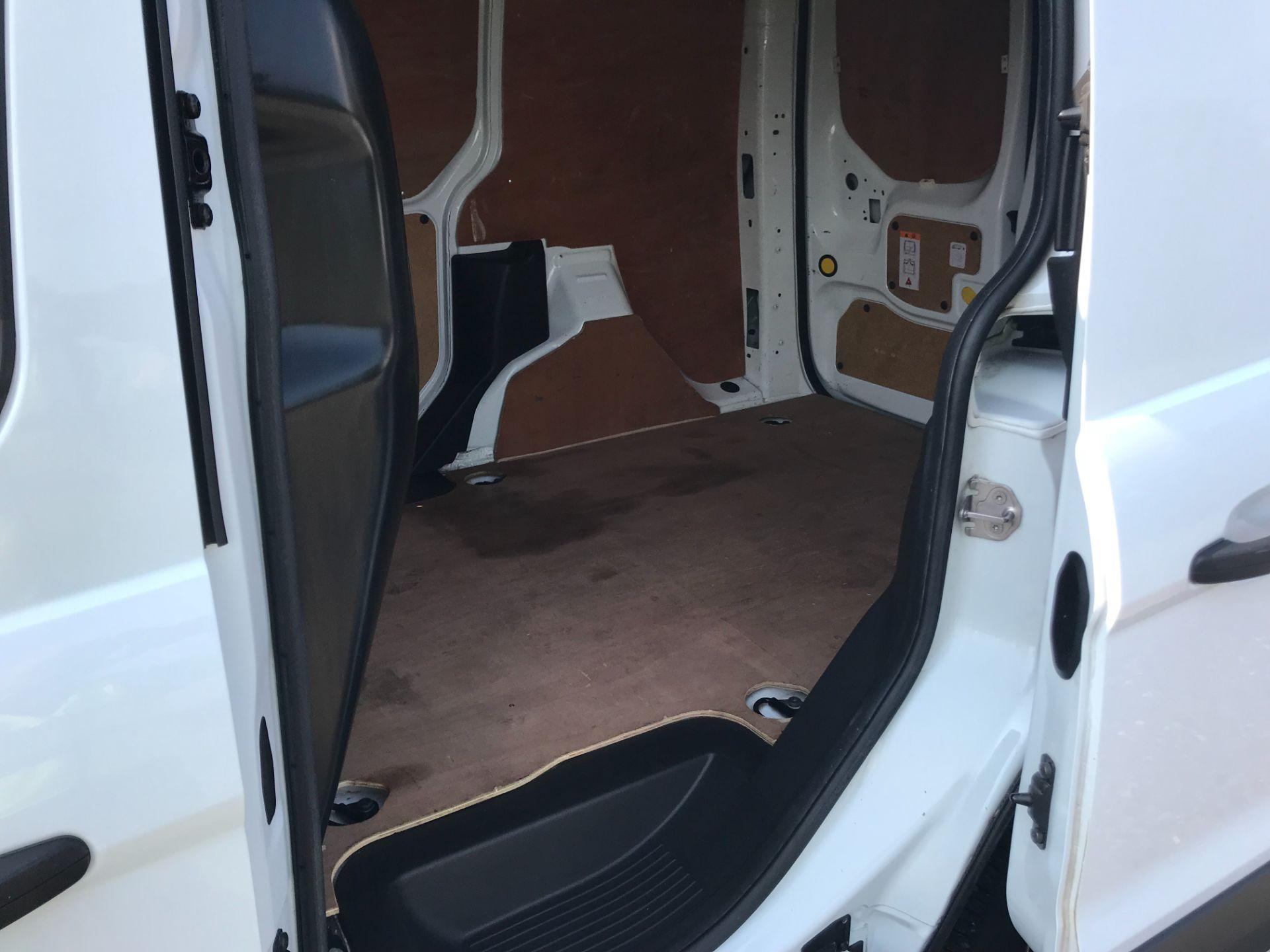 2017 Ford Transit Connect  200 L1 Diesel 1.5 TDCi 75PS Van EURO 6 (FG67EUF) Image 10