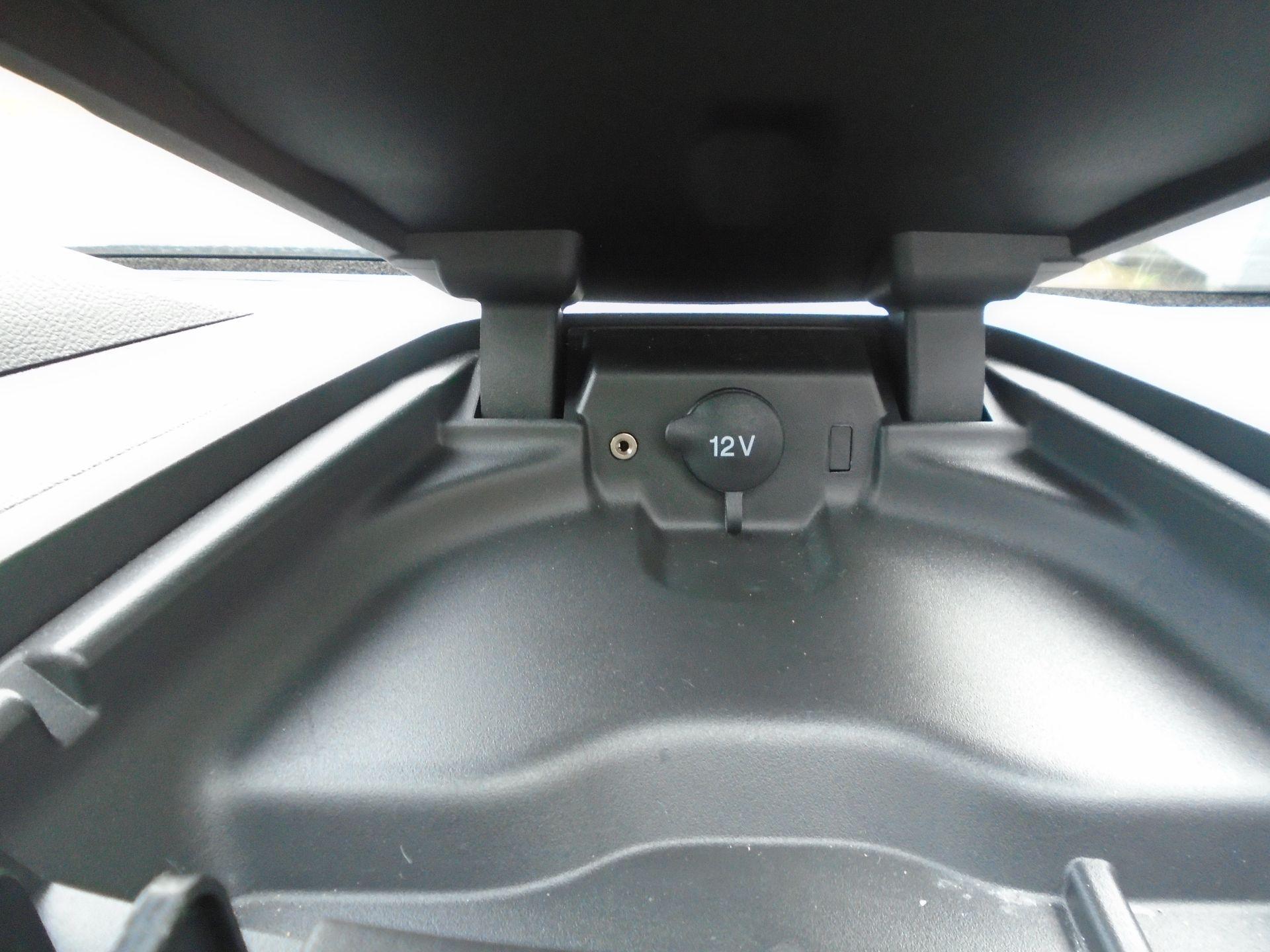2017 Ford Transit Custom 2.0 Tdci 105Ps Low Roof Van(EURO 6) (FG67EWE) Image 15