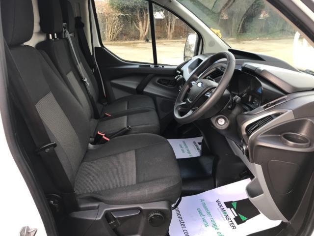 2017 Ford Transit Custom 2.0 Tdci 105Ps Low Roof Van Euro 6 (FG67EWL) Image 12