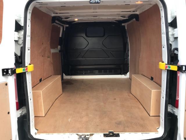 2017 Ford Transit Custom 2.0 Tdci 105Ps Low Roof Van Euro 6 (FG67EWL) Image 33