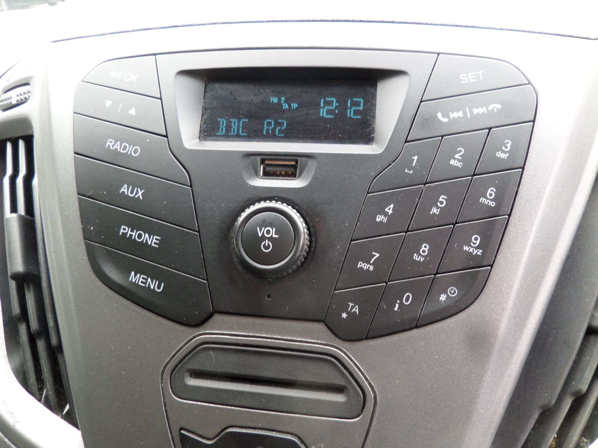 2017 Ford Transit Custom 2.0 Tdci 105Ps Low Roof Van Euro 6 (FG67EXS) Image 12