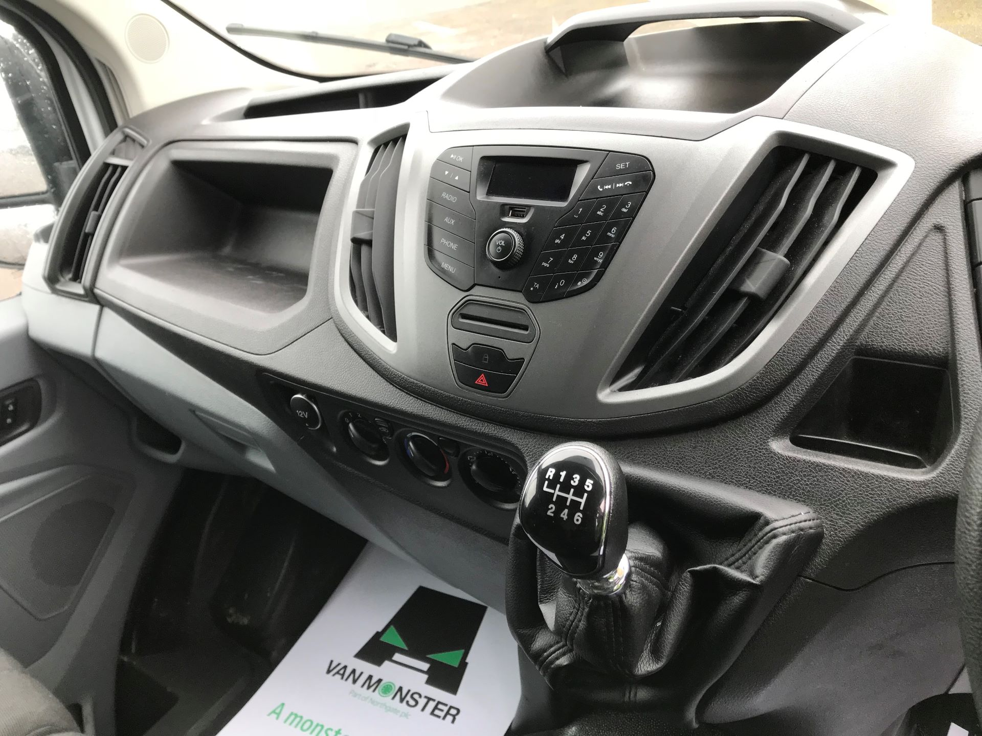 2017 Ford Transit  T350 L3 H3 130PS EURO 6 (FG67EYV) Image 24